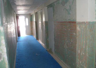 Esecuzione sverniciatura e raschiatura di vecchie pitture