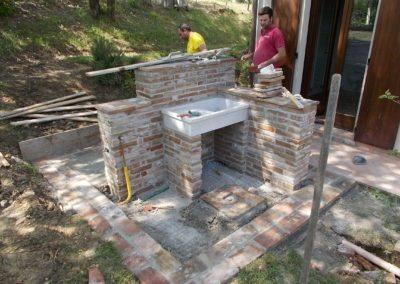 Lavandino esterno in muratura
