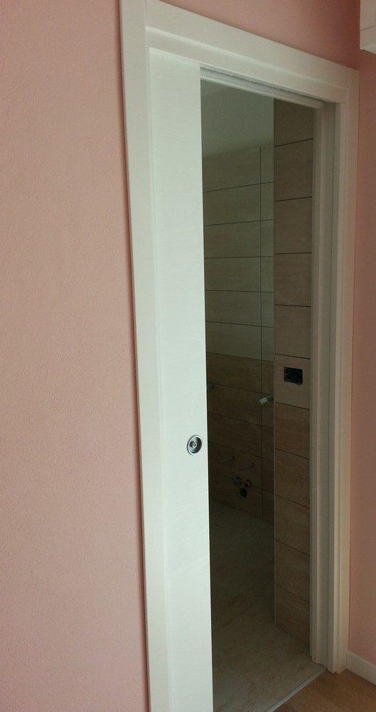 Porte e finestre decorazione morcianese - Montaggio porte interne video ...
