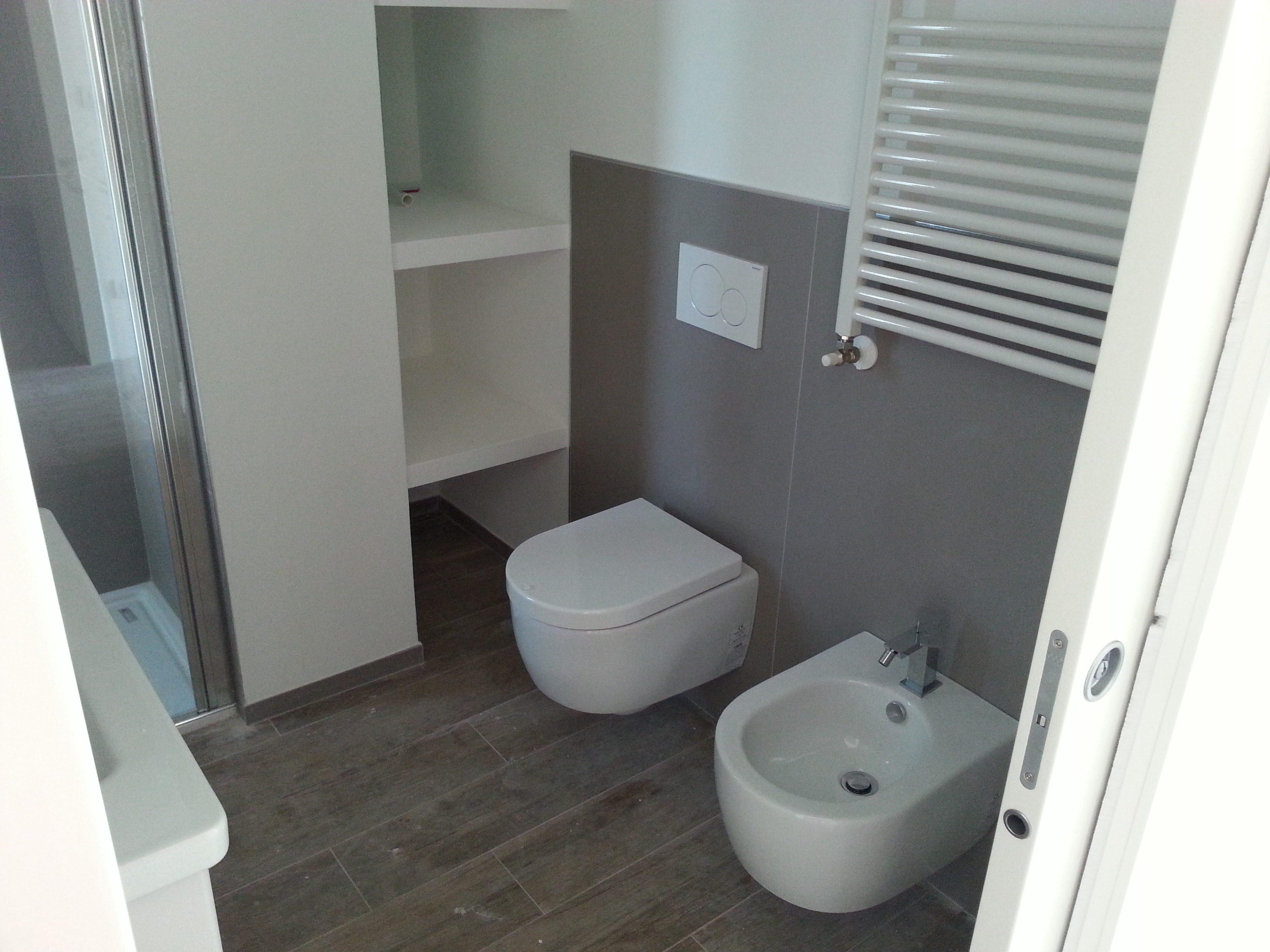 Pavimenti e rivestimenti decorazione morcianese - Posa mosaico bagno ...